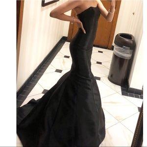 mermaid sherri hill gown